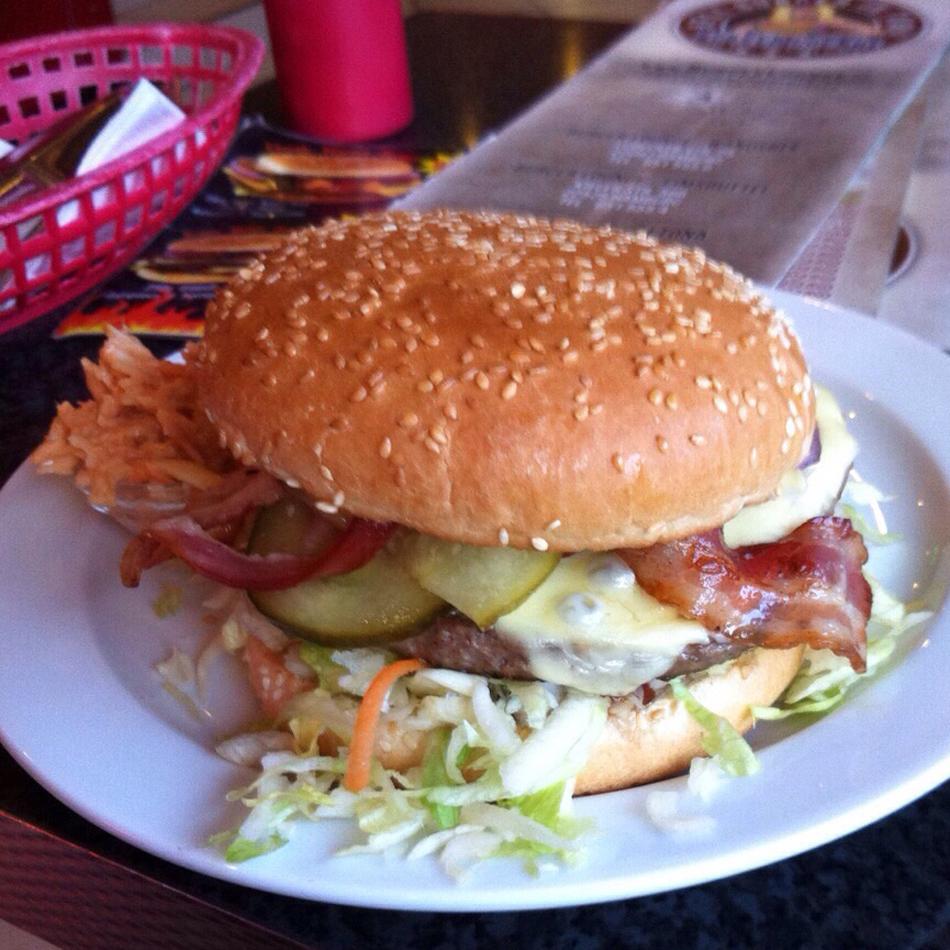 hamburg burger lounge das burgerm dchen. Black Bedroom Furniture Sets. Home Design Ideas