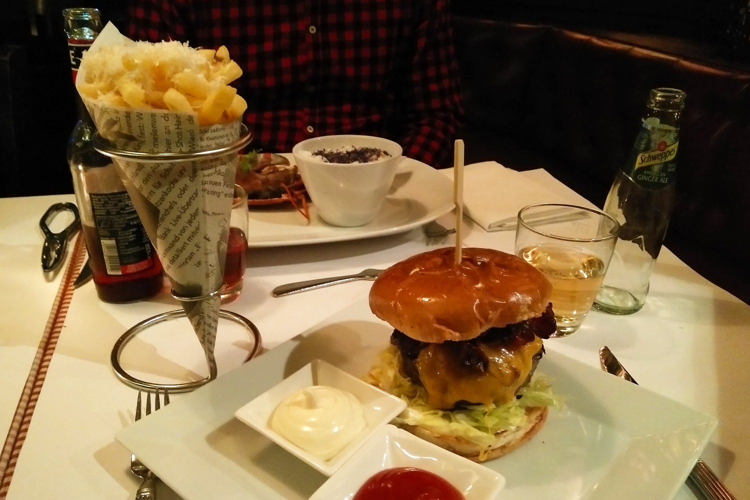 Pier 51 in Stuttgart Burger