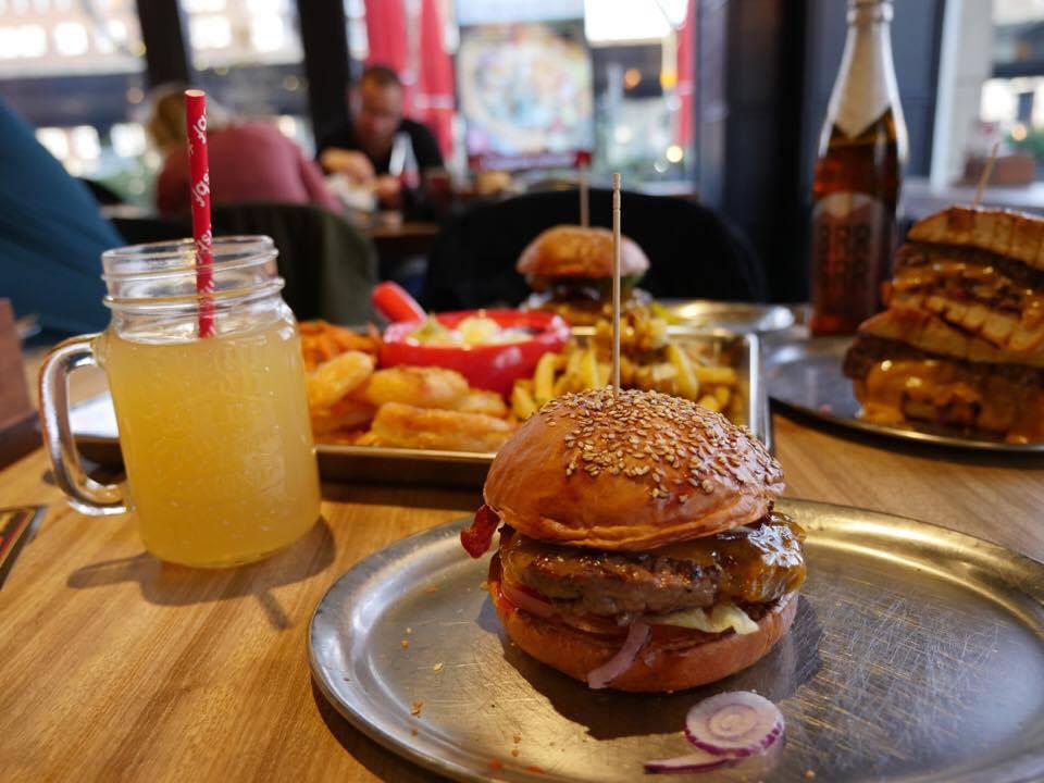 whats_beef_burger_geburtstag_2